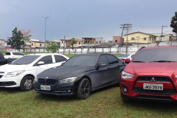 Carros de luxo somem do pátio da PF em Manaus