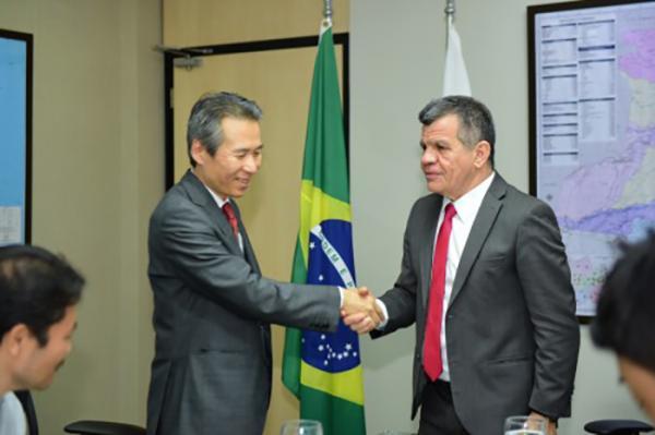 Governo do Amazonas discute parcerias comerciais e científicas com Japão e Bélgica