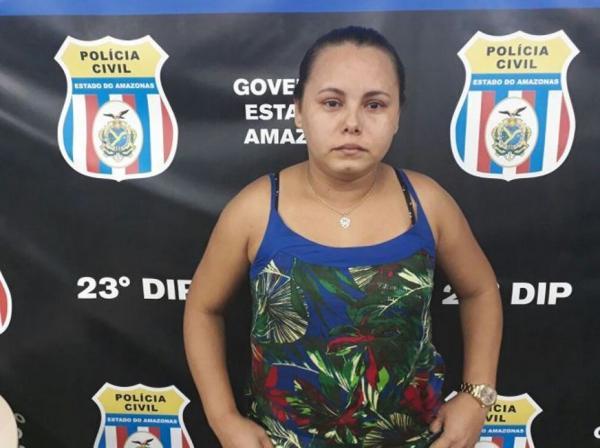 Mulher é presa após furtar camisas oficiais do Flamengo de loja e vender na internet