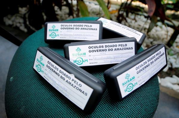 Governo do Amazonas entrega 2,2 mil óculos de grau gratuitos em 12 municípios do interior