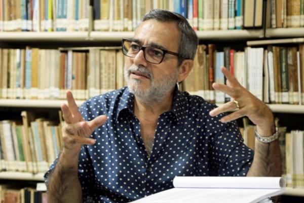 Robério Braga é eleito presidente da Academia Amazonense de Letras