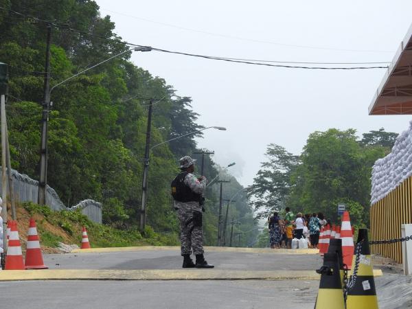 Mais de 40 homens da Força Nacional iniciam atuação em presídios de Manaus