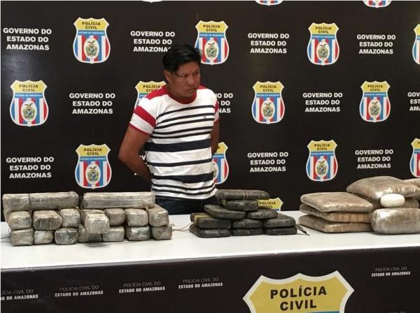 Polícia apreende 50 kg de drogas em embarcações durante operação no AM