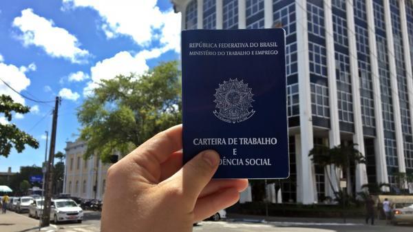 Sine Manaus seleciona candidatos para 10 vagas de emprego e estágio