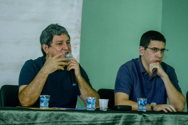 Em nota, Prefeito de Presidente Figueiredo nega perseguição a vereadores