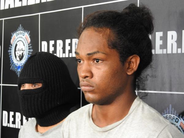 Homem é preso e adolescente é apreendida suspeitos de torturar e matar idosa em Manaus