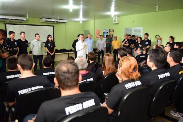 Governo do Amazonas confirma reajuste de 42% aos peritos e legistas