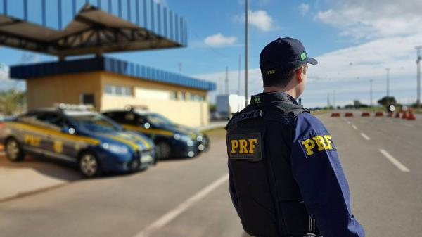 Após morte de amazonense, PRF reabre posto de fiscalização na fronteira com a Venezuela