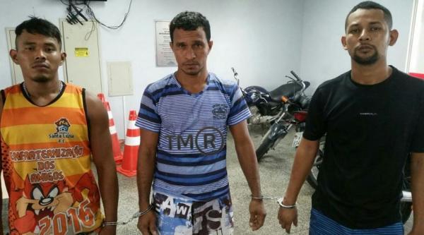 Três homens são presos suspeitos de sequestrar e agredir rapaz de 28 anos