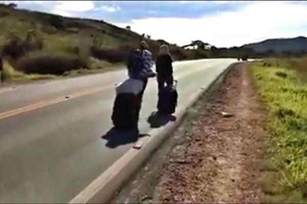 Vídeo mostra Brasil sendo invadido por venezuelanos na fronteira