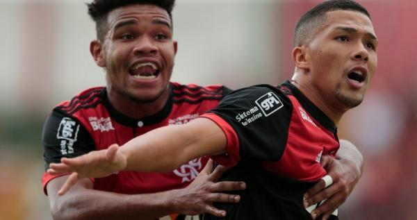 Flamengo derrota a Portuguesa e garante vaga na decisão da Copinha