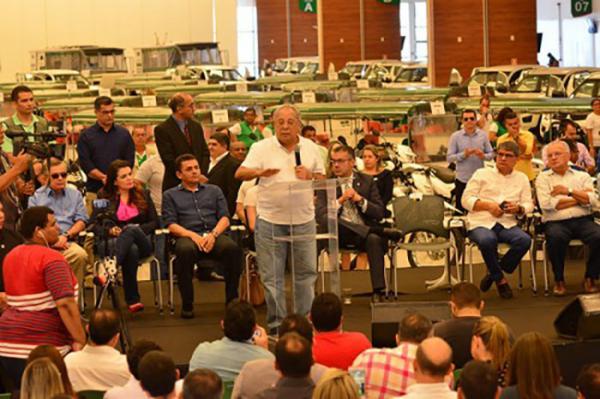 Governador Amazonino Mendes anuncia pacote de R$ 125,5 milhões para a saúde, no interior