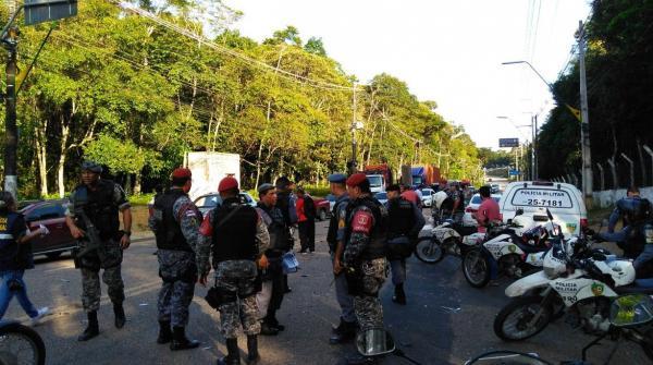 Sargento da PM morre atropelado a caminho do enterro de outro policial