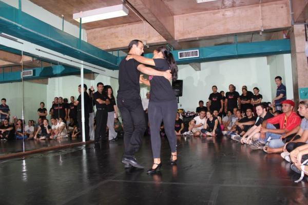 'Projeto Rosas' da UEA abre inscrições para aulas de dança de salão