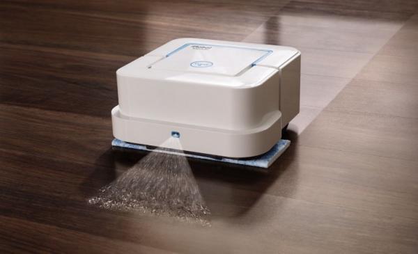 Conheça o robô que esfrega o chão e passa pano na casa para você