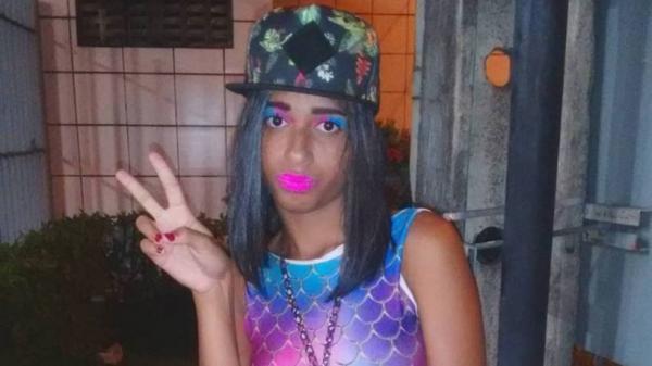 Conheça MC Loma, a jovem responsável pelo viral 'Envolvimento'