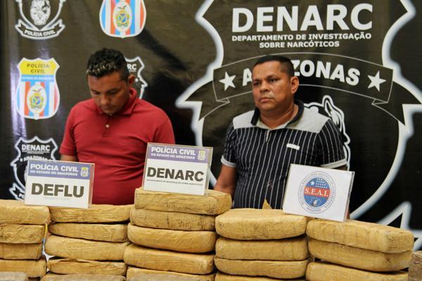 Dupla é presa com 40 kg de maconha no Porto da Manaus Moderna