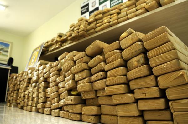 Acordo entre Governo do AM e Ministério da Justiça vai fortalecer combate ao tráfico de drogas