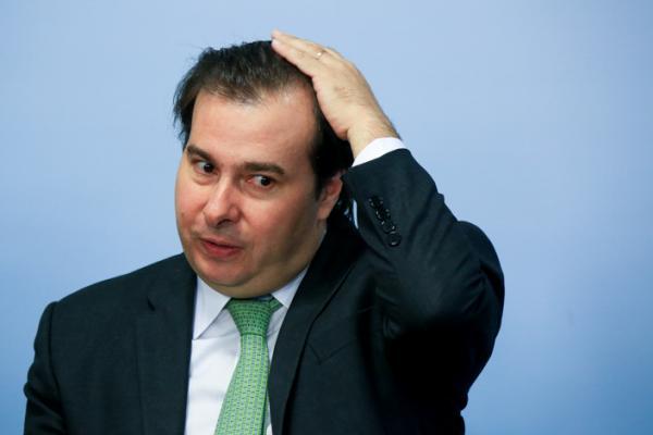 Rodrigo Maia confirma pré-candidatura à Presidência