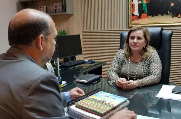 Conselheira Yara é eleita secretária do colegiado de presidentes do TCs