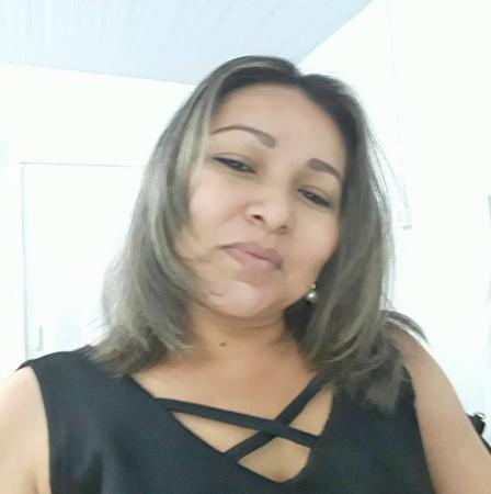Irmã de professora morta a facadas é suspeita de encomendar crime
