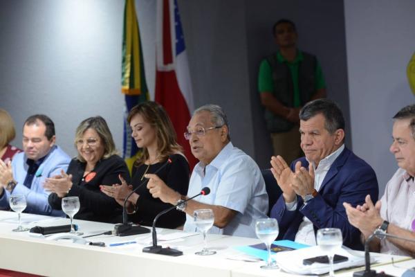 Amazonino lança programa de combate à violência contra criança, adolescente, mulher e idoso