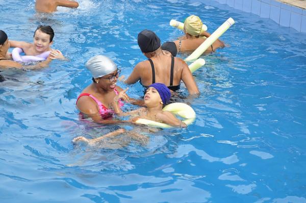 Minivila Olímpica abre inscrições para natação de PCDs