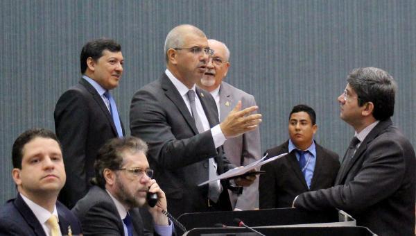 Revoltados, vereadores criticam distanciamento do Governo do Estado com a capital Manaus