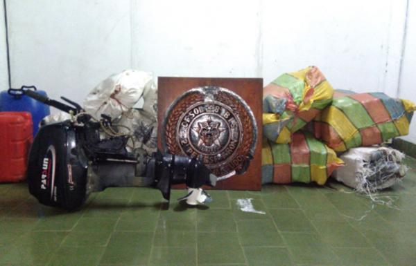 Exército apreende quase 400 kg de drogas em barco no Rio Içá, no Amazonas