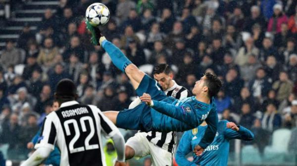 Com golaço de bicicleta, Cristiano Ronaldo bilha em vitória sobre a Juventus