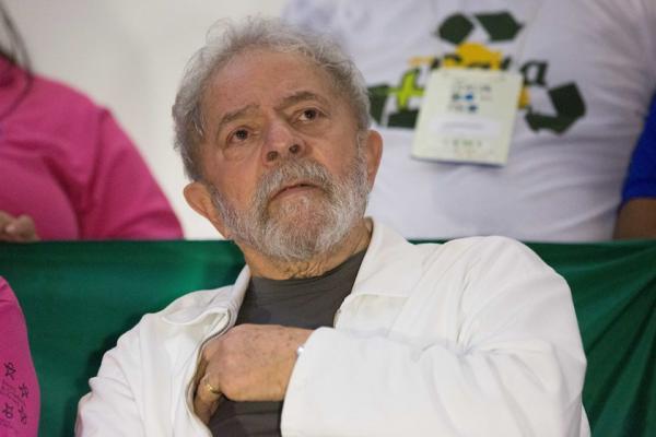 Em vídeo, Lula ataca Moro e diz estar com a consciência tranquila; assista