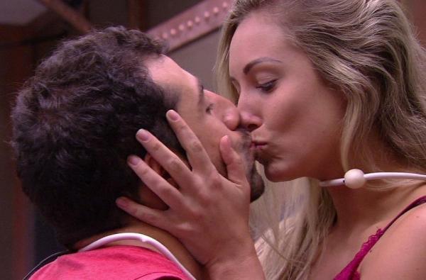 No BBB18, Kaysar e Jessica disputam Paredão