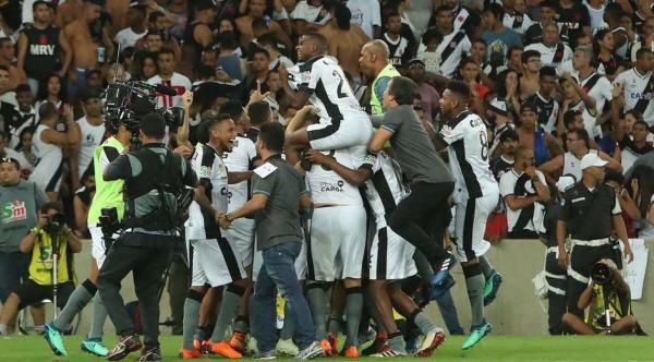 Botafogo é campeão Carioca após derrotar Vasco