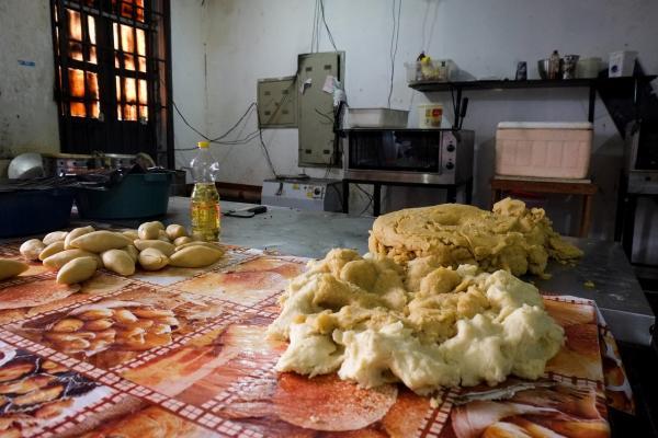 Vigilância Sanitária fecha fábrica clandestina de salgados no Centro de Manaus