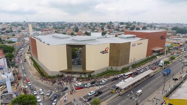 Homens armados invadem loja Riachuelo do shopping Grande Circular