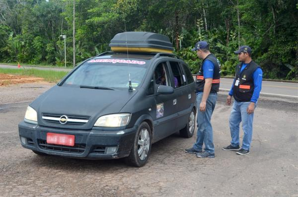 Mais de 26 mil pessoas saíram de Manaus durante o feriado, diz Arsam