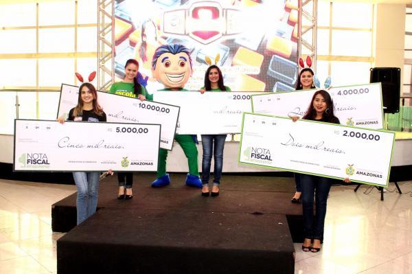 Sefaz-AM realiza 33º sorteio mensal da Campanha Nota Fiscal Amazonense