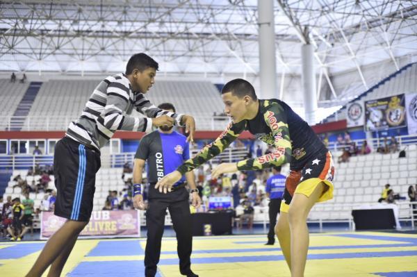 Campeonato Brasileiro de Luta Livre em Manaus reúne mais de 800 atletas