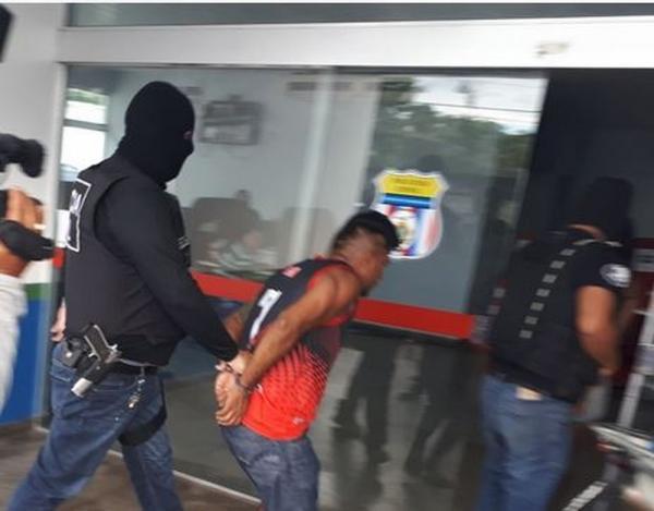 Polícia civil cumpre 15 mandados judiciais em operação contra roubos de veículos em Manaus