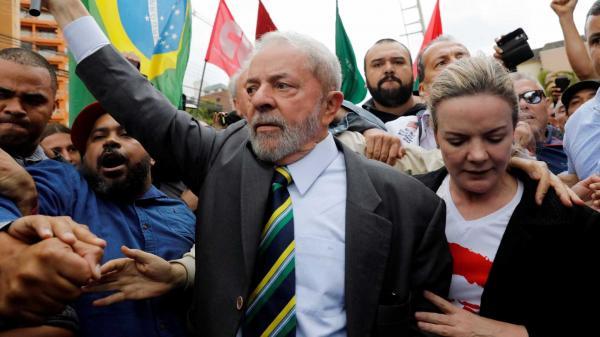 Para manter Lula candidato, PT pode recorrer a tratados internacionais
