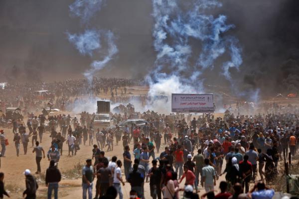 Fronteira entre Gaza e Israel tem confronto horas antes da inauguração da embaixada dos EUA em Jerusalém