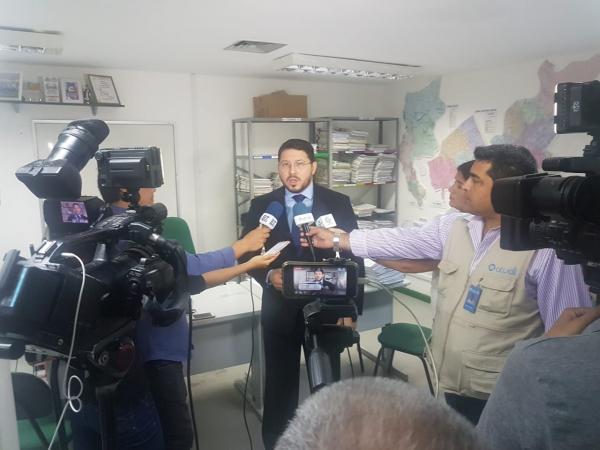 Defensoria bloqueia R$900 mil de empresários suspeitos de aplicar golpes financeiros em Manaus