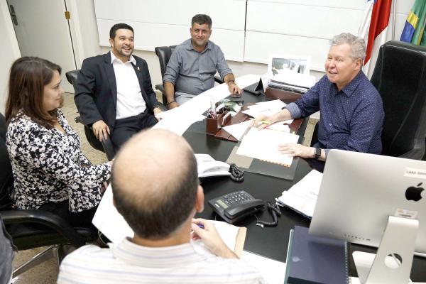 Prefeito Arthur acata indicação de vereador para reforma e ampliação do CCZ