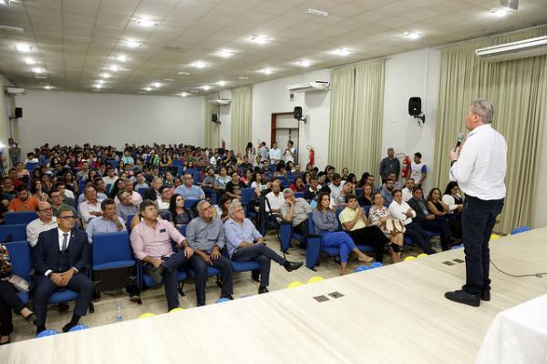 Arthur Neto palestra para universitários da UFAM