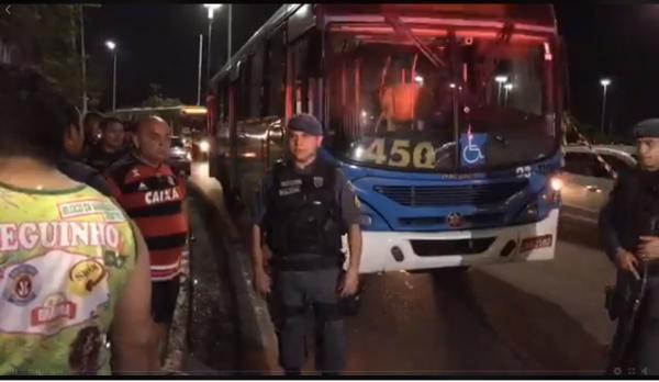 Motorista da linha 450 é assassinado durante assalto na Max Teixeira