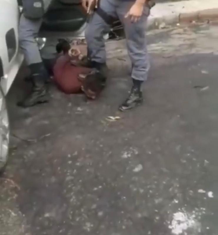 Troca de tiros termina com casal preso em Manaus
